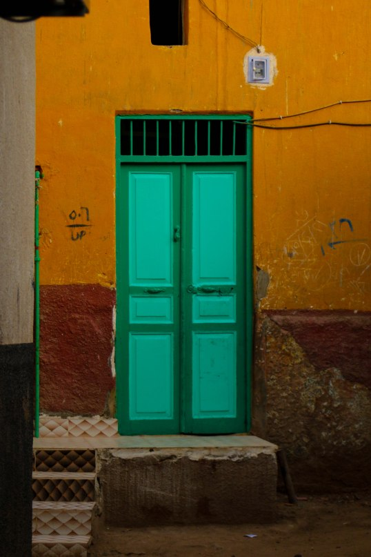 Colorful door in a nubian village on Elephantine-Island, Aswan, Egypt, Emilian Tsubaki 2017